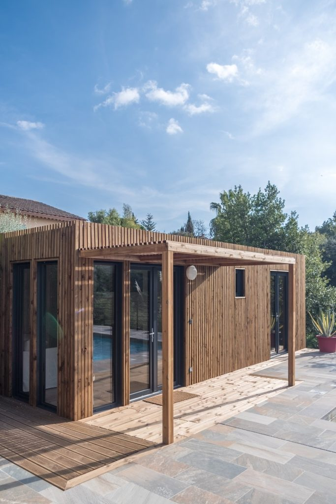 exterieur poolhouse piscine greenkub