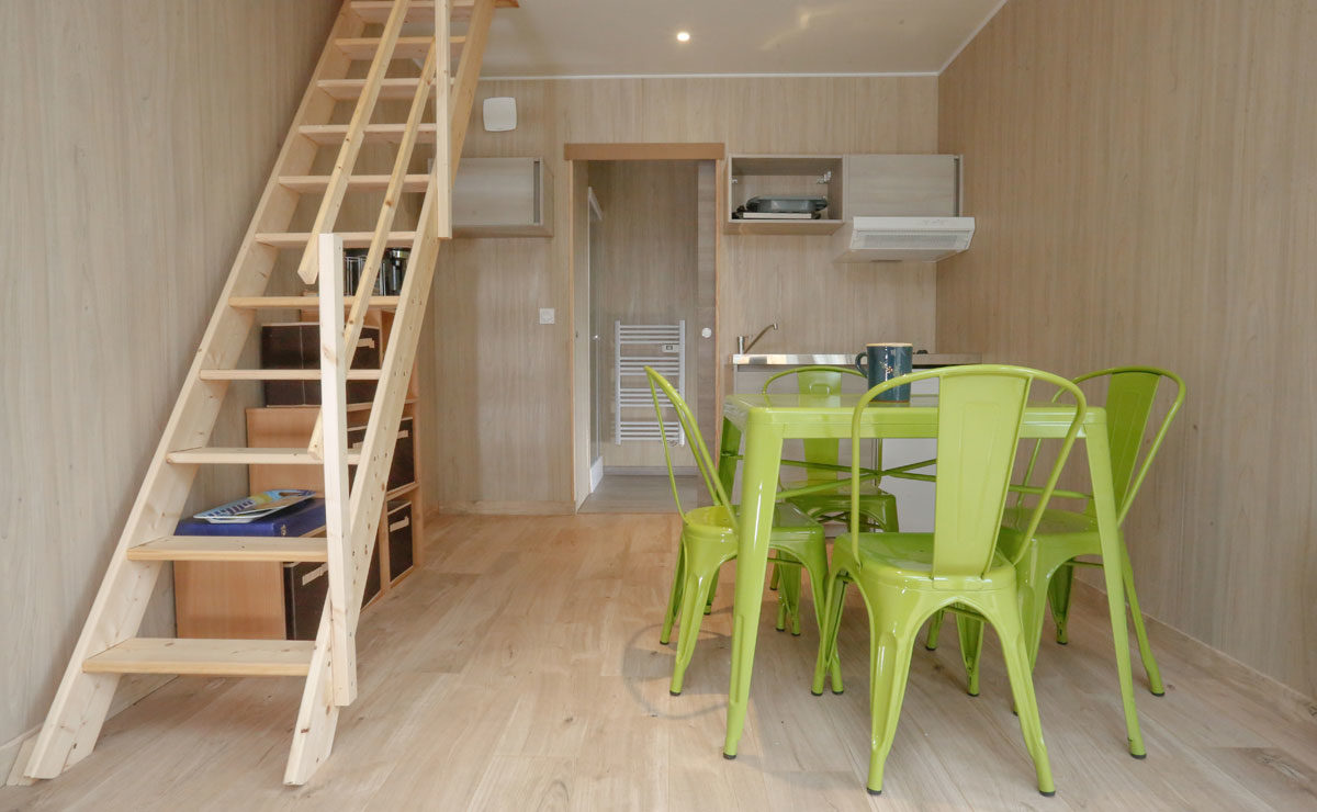 Studio de jardin en bois sur terrain nu - salon