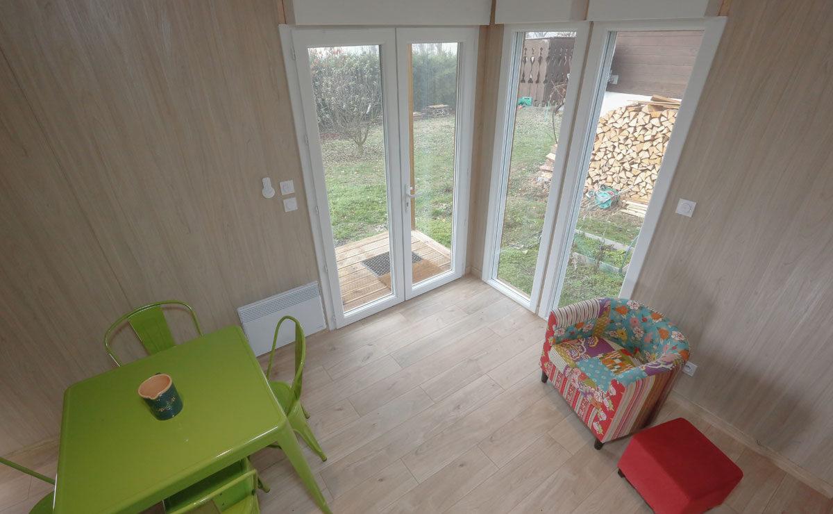 Studio de jardin en bois sur terrain nu - entrée