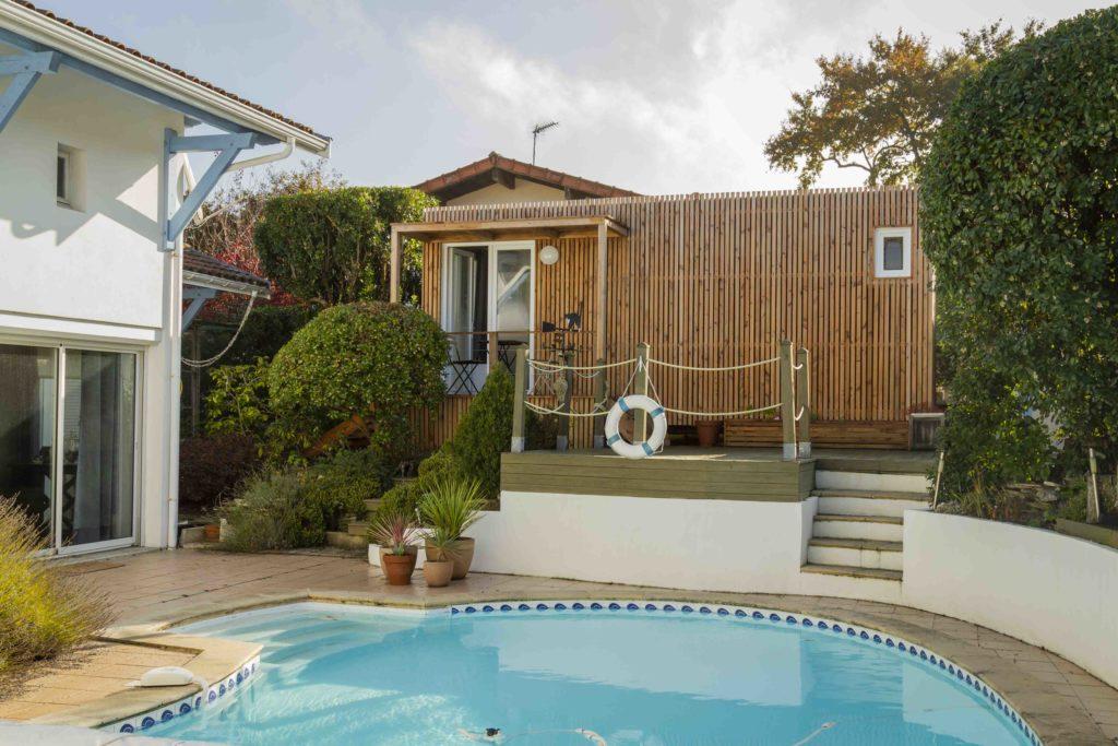piscine studio jardin bois chambre d'amis