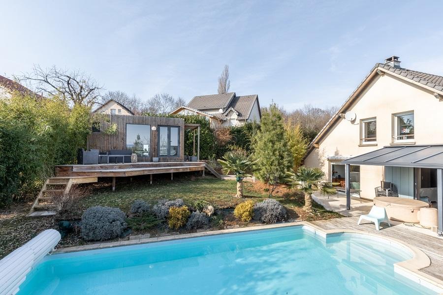 coin zen poolhouse studio de jardin à Besancon
