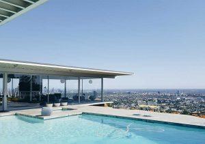 Pool house contemporain et moderne sur une piscine rooftop