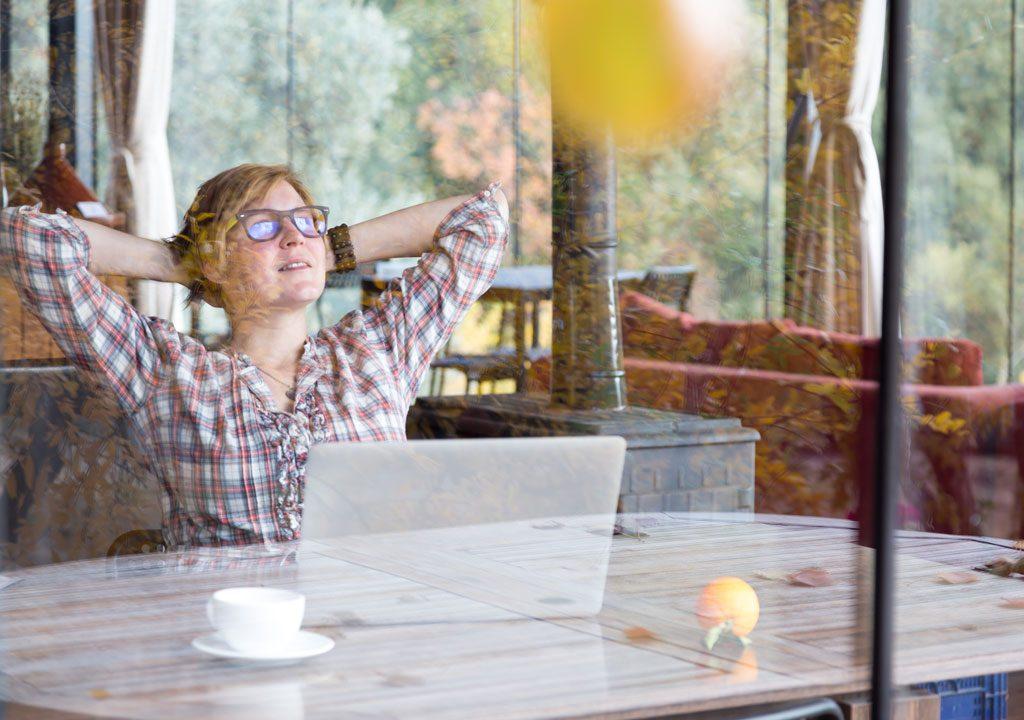 Télétravail : quand le lieu de travail se réinvente avec la distance